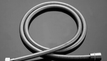 stainless steel double buckle shower hose.png